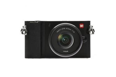 Беззеркальная камера Xiaomi Yi M1 12-40mm F3.5-5.6, черный