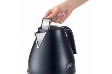 Чайник электрический Delonghi KBOE2001.BL 1.7л. 2000Вт черный (корпус: пластик)