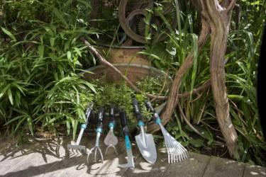 Грабли садовые Gardena 08956-20.000.00 большой