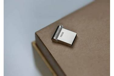 USB флэш-накопитель 16Gb SmartBuy Wispy серебристый USB2.0