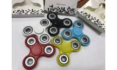 Spinner Led /светодиодный/вертушка/зелен, 3-х лепестковый